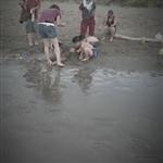 我也好想這樣,一家人來海邊玩。