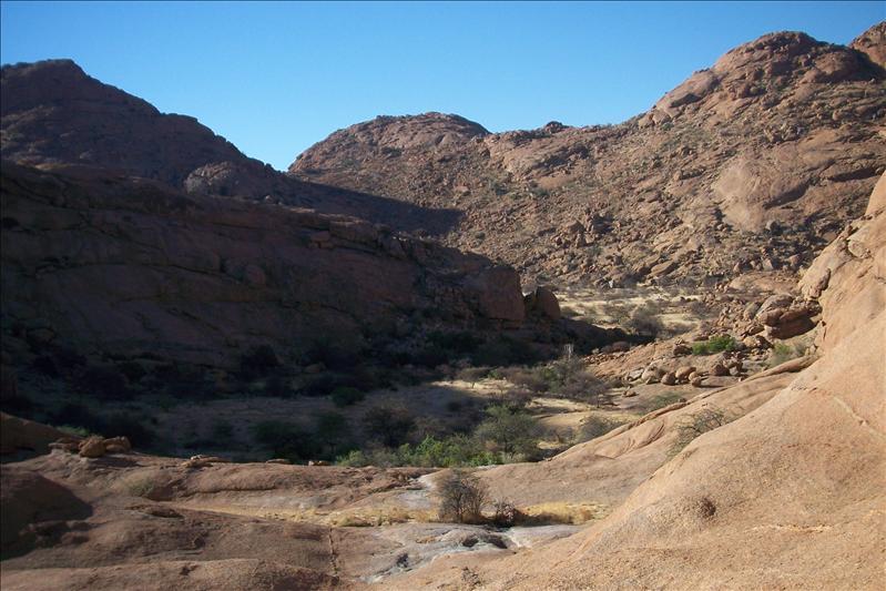"""Bushman Paradise / le paradis du bushman (""""homme de brousse"""")"""