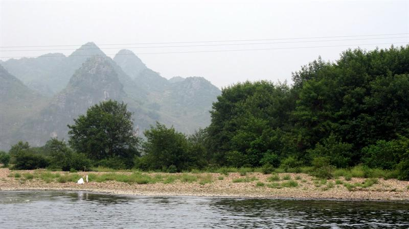 "scenes of ""Lijiang River"" ((漓 江 ) cruising"