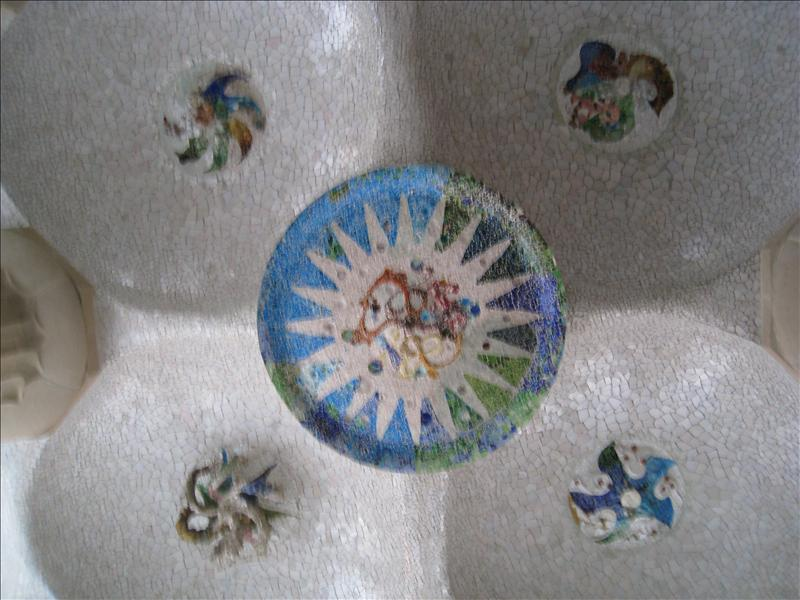 ceiling in Güell Park