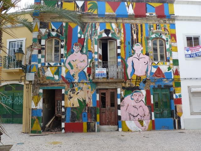 graffiti is big in portugal