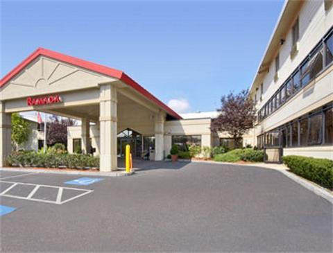 Ramada boston hotels