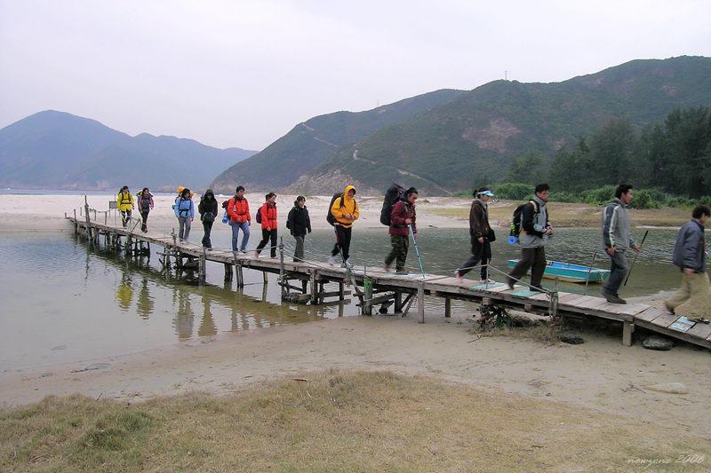 咸田灣獨木橋Ham Tin bridge