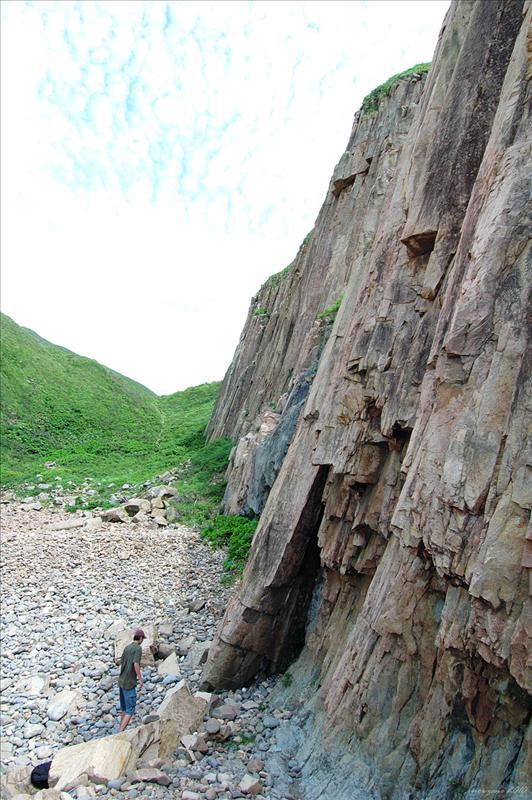 斷柱岩望尋龍峽