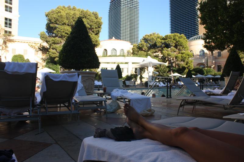 Bellagio poolside...