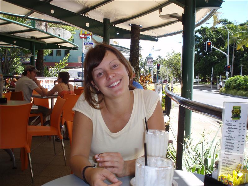 Clara, Cairns