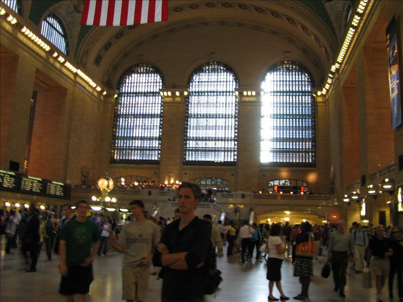Grand Central Station, best mooi station met de beroemde klok op de achtergrond