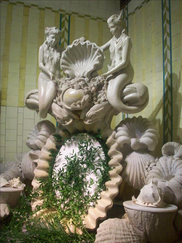 And this has to do with eating how? Statue in Harrods food dep.