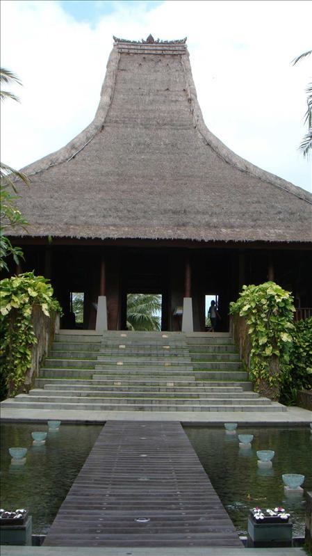 maya ubud hotel