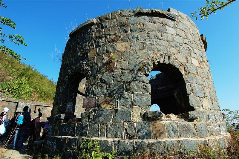 Mau Wu Shan Relics 茅湖山廢堡