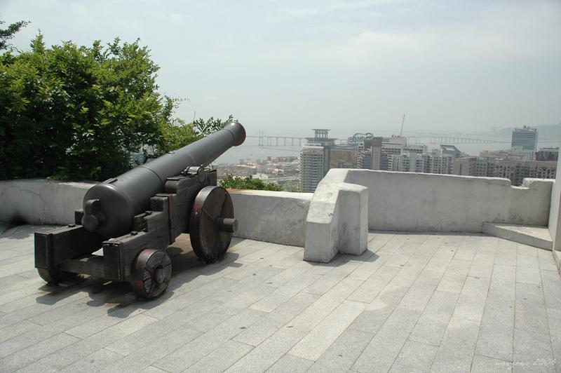 東望洋山大砲Cannon in Guia Fortress