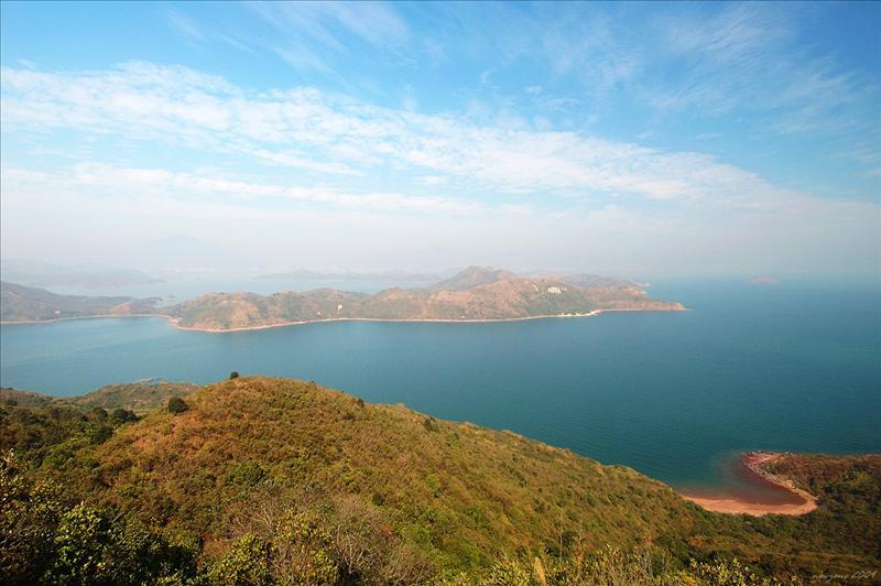 昂莊山下望右下角的火紅海岸