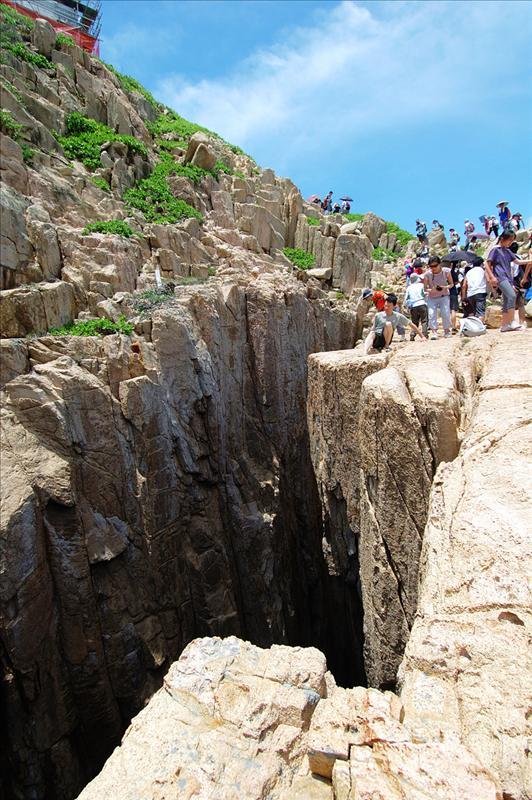 北果洲銀瓶頭斷崖