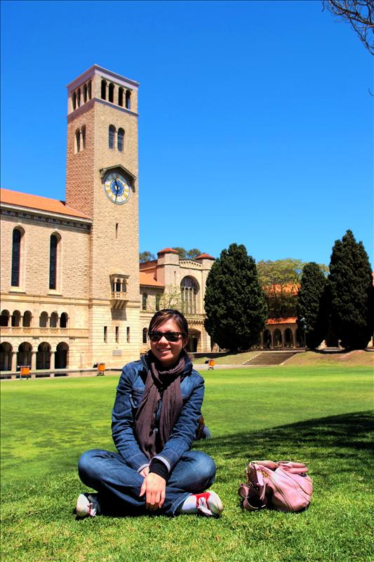 just chilling at UWA (my future uni?)