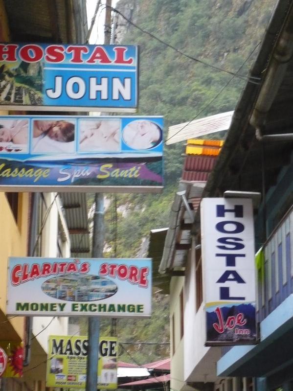 Hostel Jo and John?!