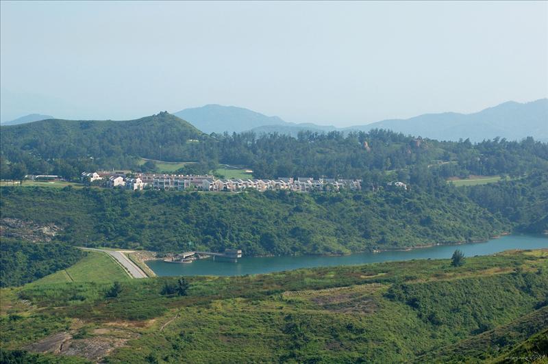 Reservoir 愉景灣水塘