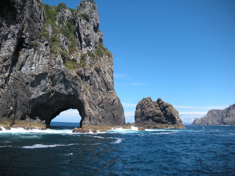 The hole in the rock at the bay of islands