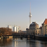 pretty Spree with Fernsehturm.jpg