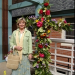 ALIM3892.JPG  Outside floral cross