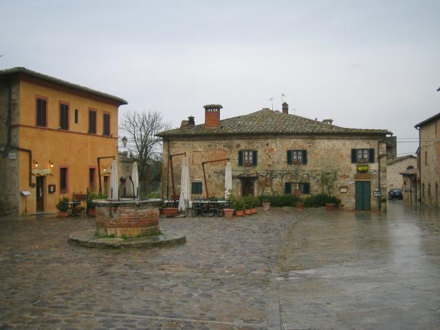 monteriggioni (01).jpg