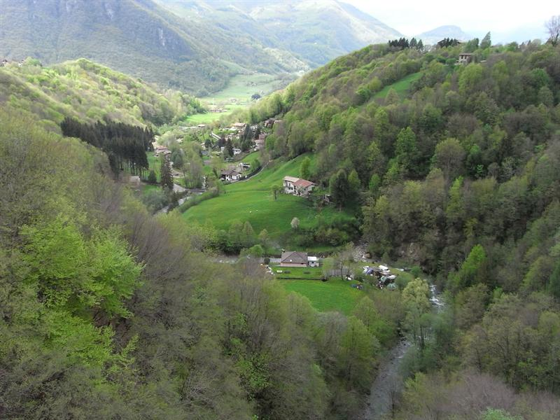 From the bridge in Cremeno