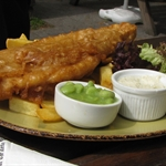 Fish & chips (& mashed peas)