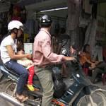 Family vehicle Vietnamese style - Hanoi