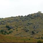 上妙高台(假大霧) 的山徑旁邊有不少大石群