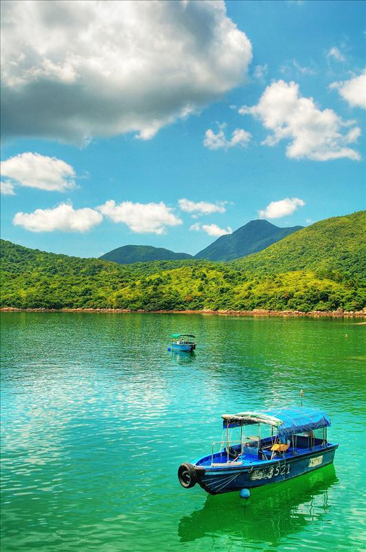 Tung Sum Kei, view from Wong Shek Pier 黃石碼頭望向東心淇半島