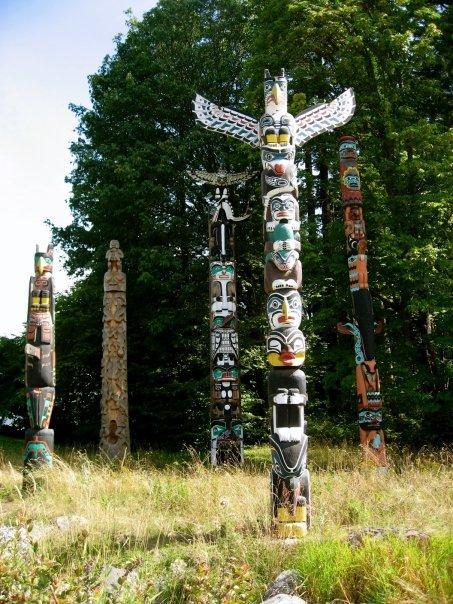 Totem Poles Stanley Park Vancouver, BC