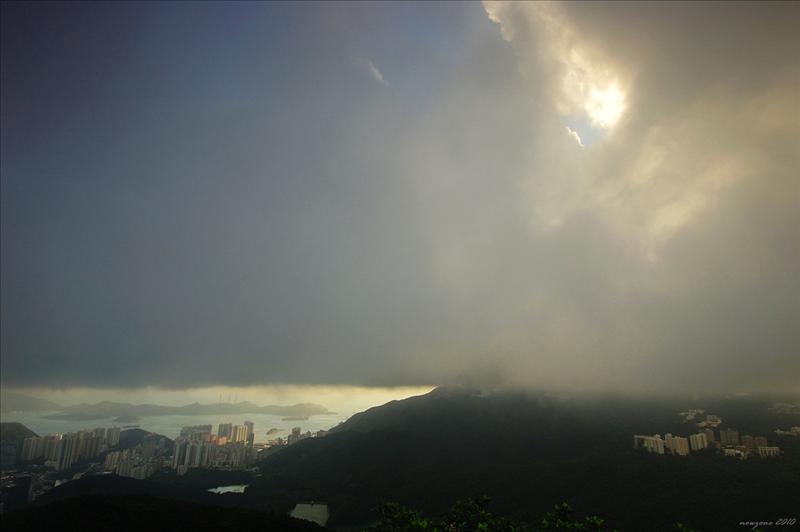 厚厚的積雲