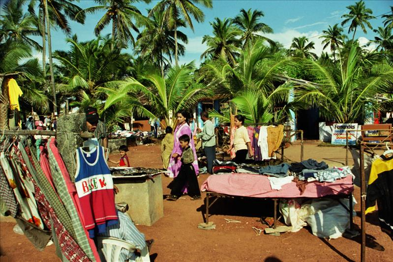 wednesday market, anjuna