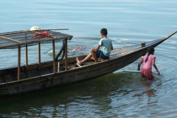 BOAT CHILDREN, BAN KHON TAI