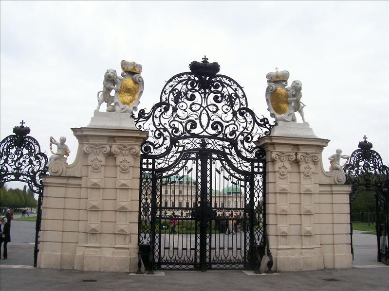 Belvedere entry