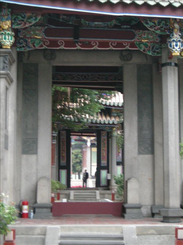 孔廟,嘩,好大哦,前門也有好幾道