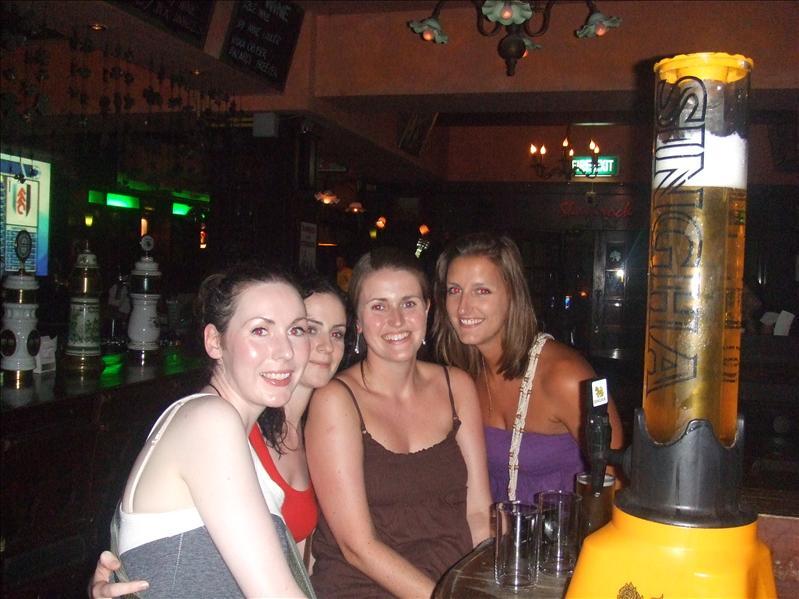 Suzanne, Laura, Annmarie, Niamh, Bangkok