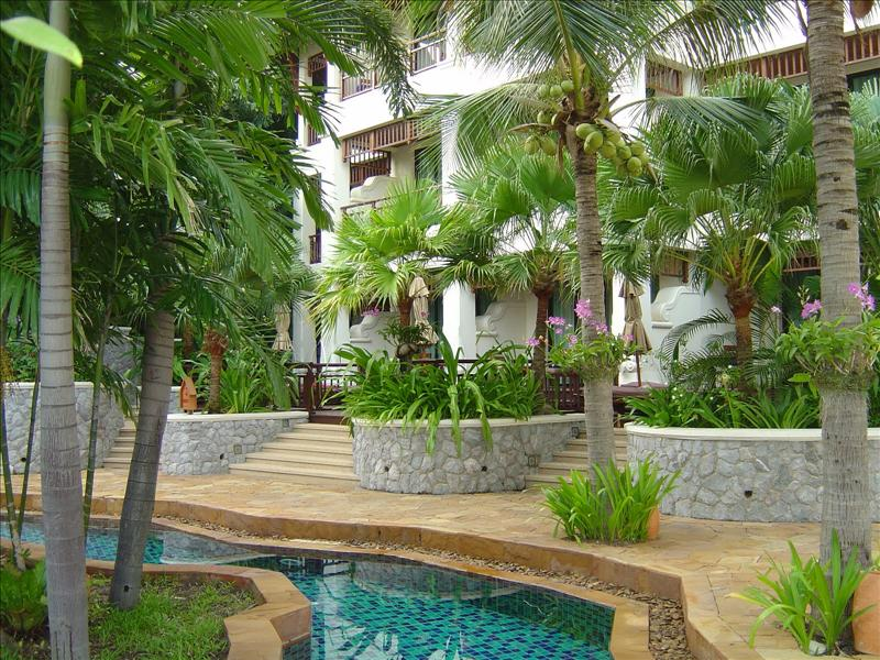 our two rooms are close to the Serenity Lagoon-pool (one of the pools)