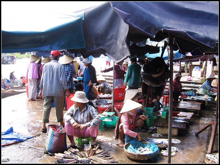 the market in Hoian