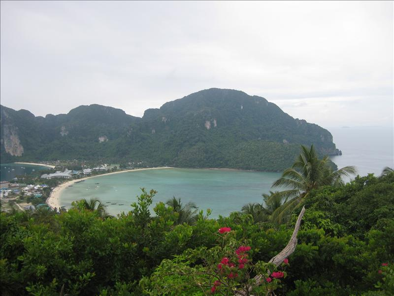 Tonsai Bay on Ko Phi Phi Don