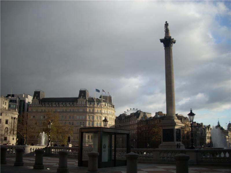 Trafalgar Square, storm approaching