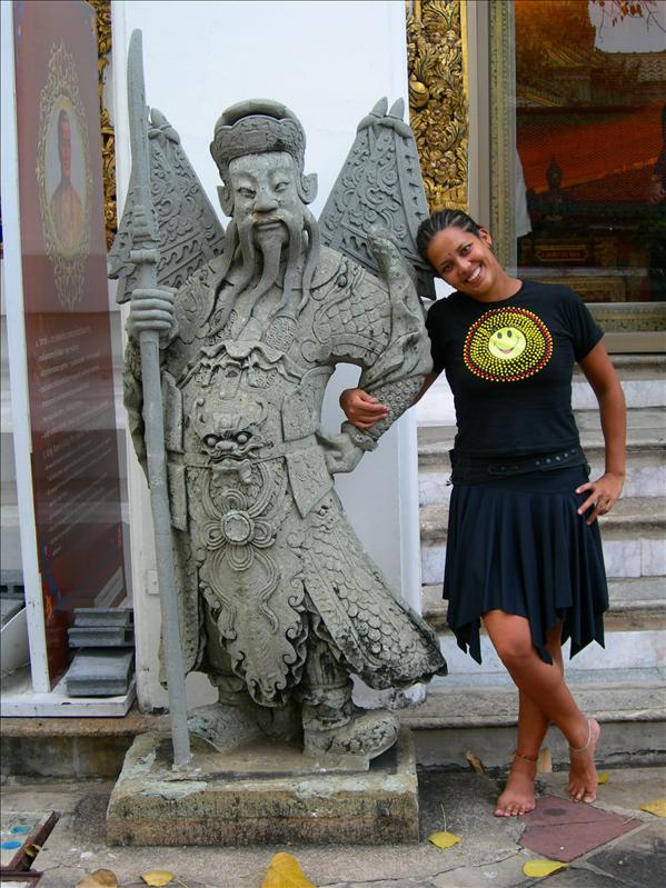 warrior and me at Wat Po