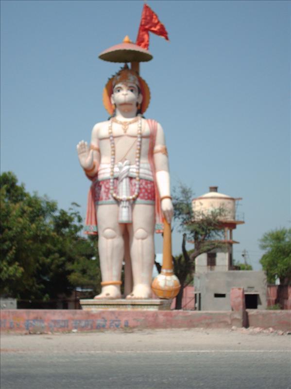Hamunam monument outside Jaipur