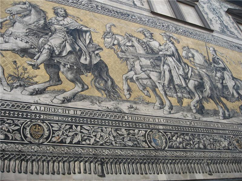 Mural explaining the order of Royalty in Dresden