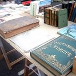 很多古老的書
