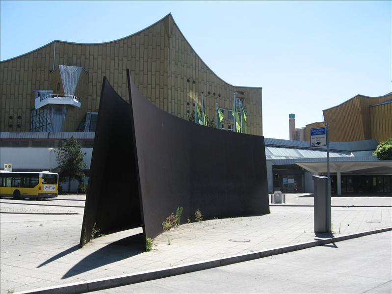 Serra and Philharmonic
