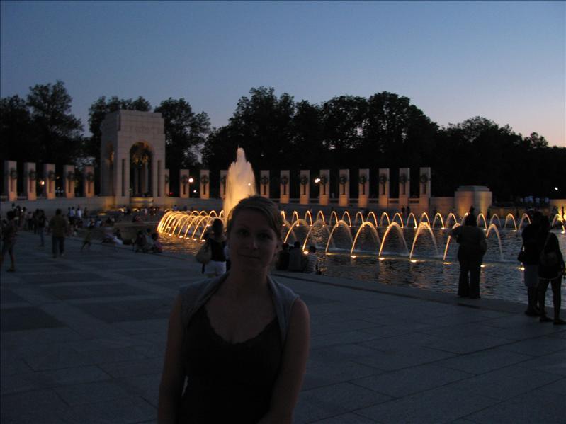 de fontein symboliseert de oceaan tussen amerika en europa
