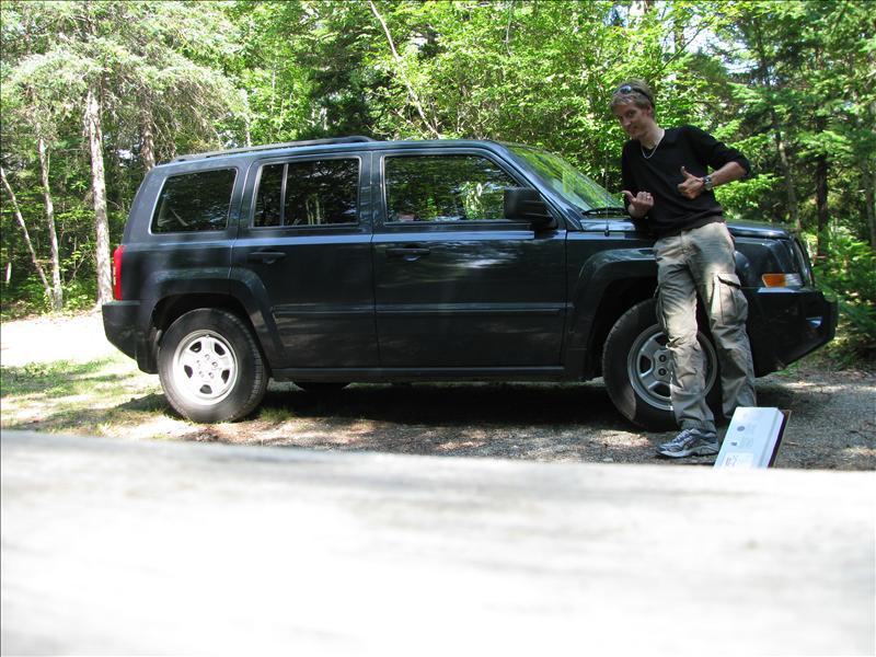mijn huurautootje, laagste klasse gehuurd, kreeg een motherfocking Jeep!!!