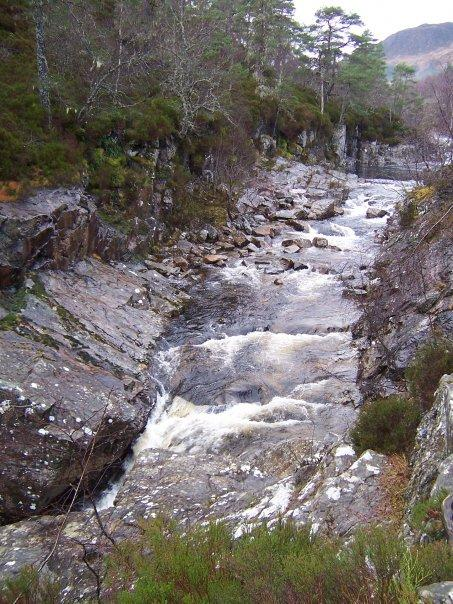 DOG FALLS, GLEN AFFRIC, JAN 2007