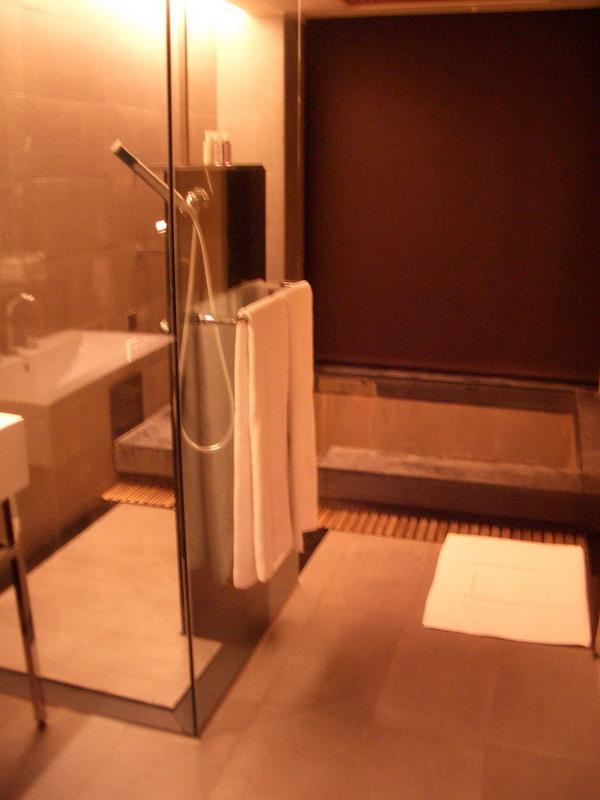 Freshfields Room's Bathroom