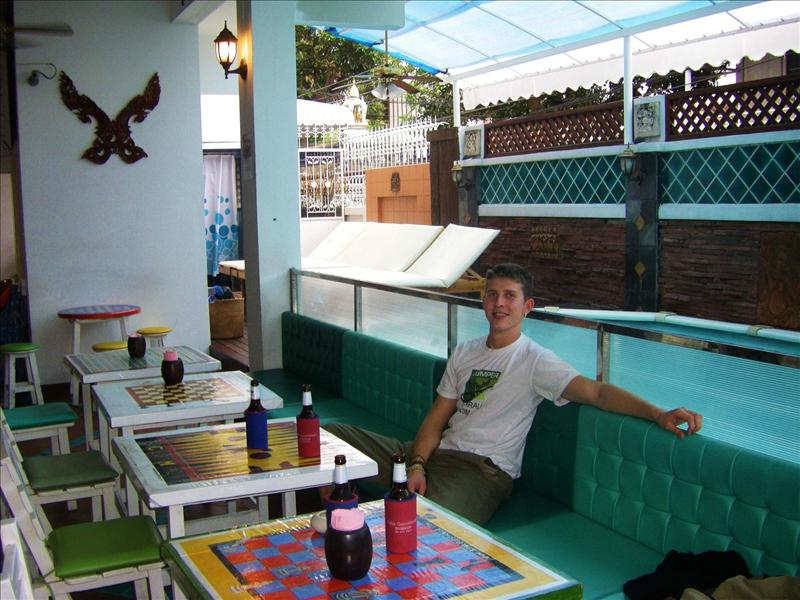 Chillaxing in the Hostels Bar/Resturant/Pool/Internet Cafe!